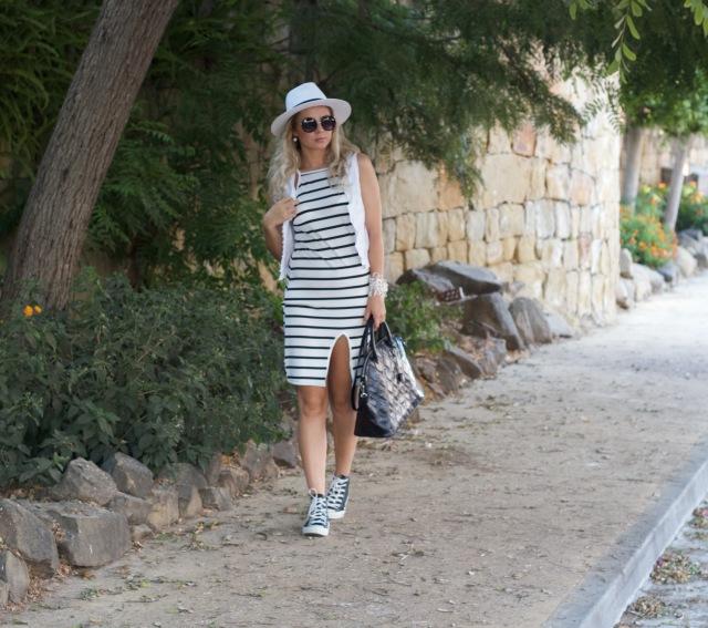 dresslinkclothing whitestripeddress fashion mbcosblog marbellafashion