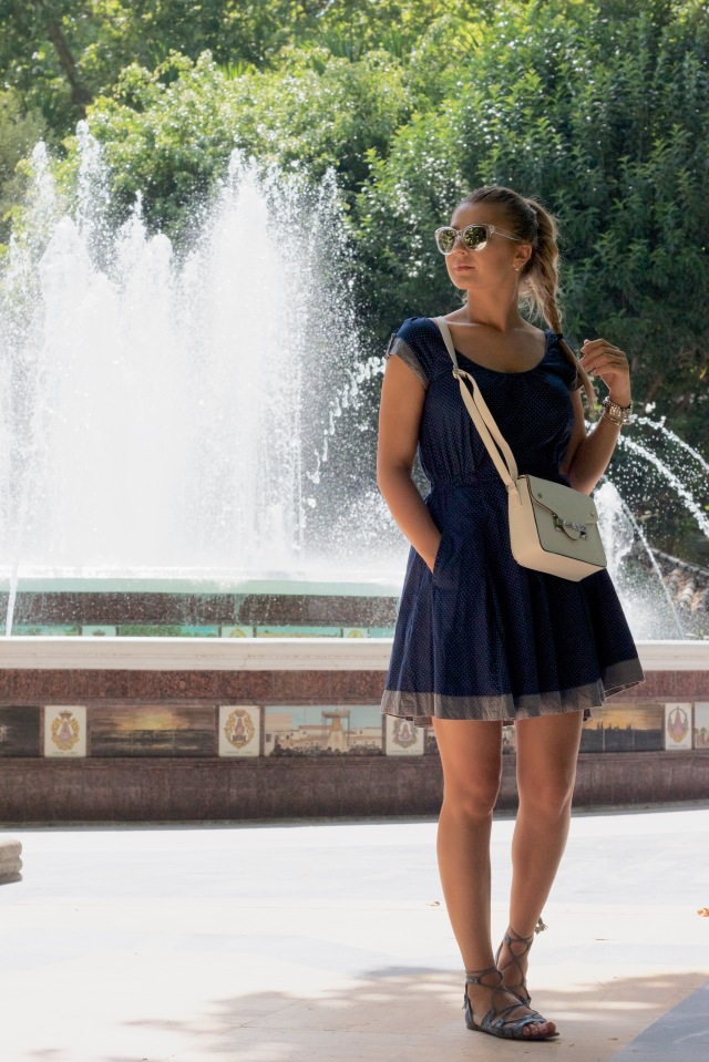 blue dress summer streestyle