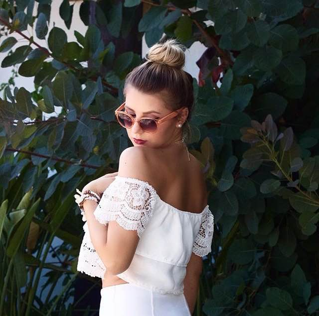 white crop top off shoulders marbella fashion mbcos