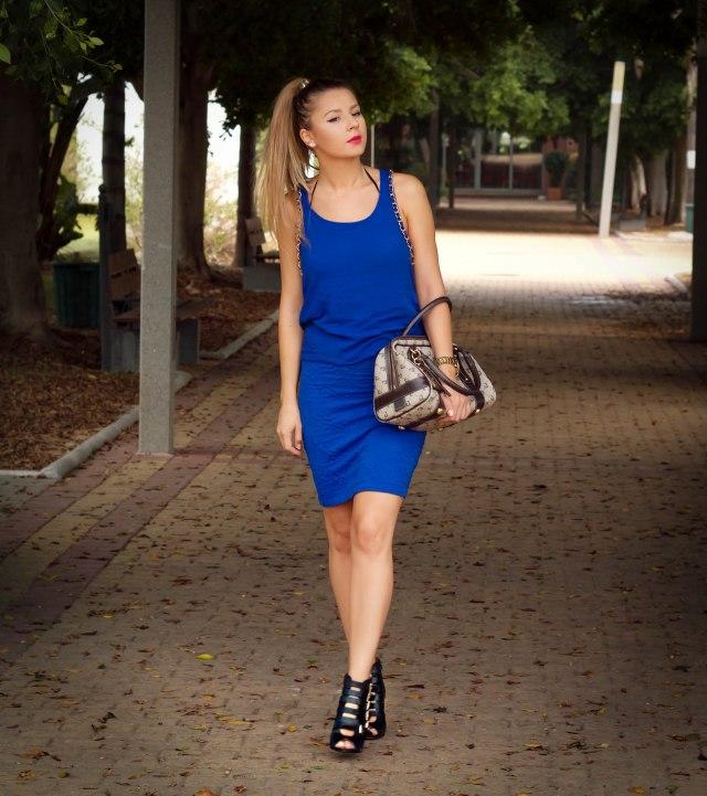 klein blue street style malagafashion mbcosblog