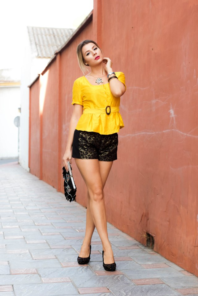 streetstyle ootd fashion blog spanish malaga fashion blogger how to wear yellow mbcos