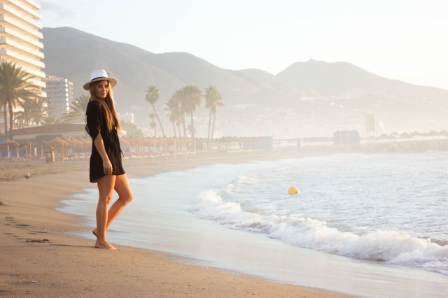 wholesale buying clothing black for the beach straw hat malaga fashion blogger
