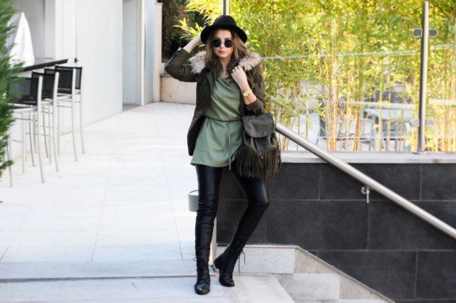 casual look green dress backpack fedora malaga blog de moda