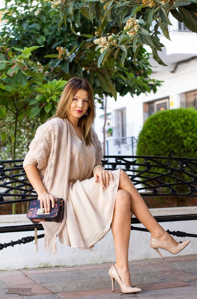 mbcos blog de moda mujer malaga fashion blogger spanish blogger beige