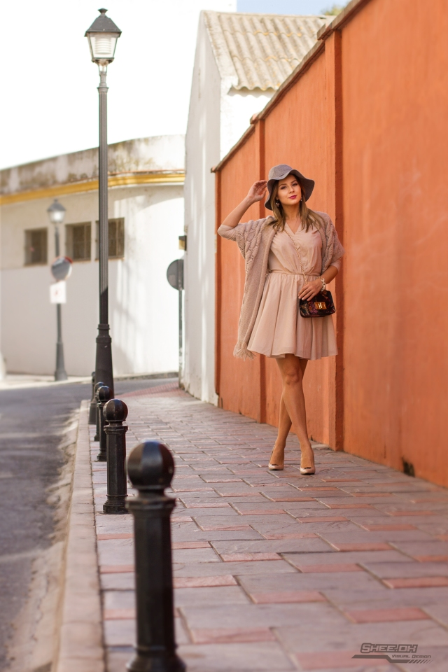 mbcos blog de moda mujer malaga spain spanish blogger beige look