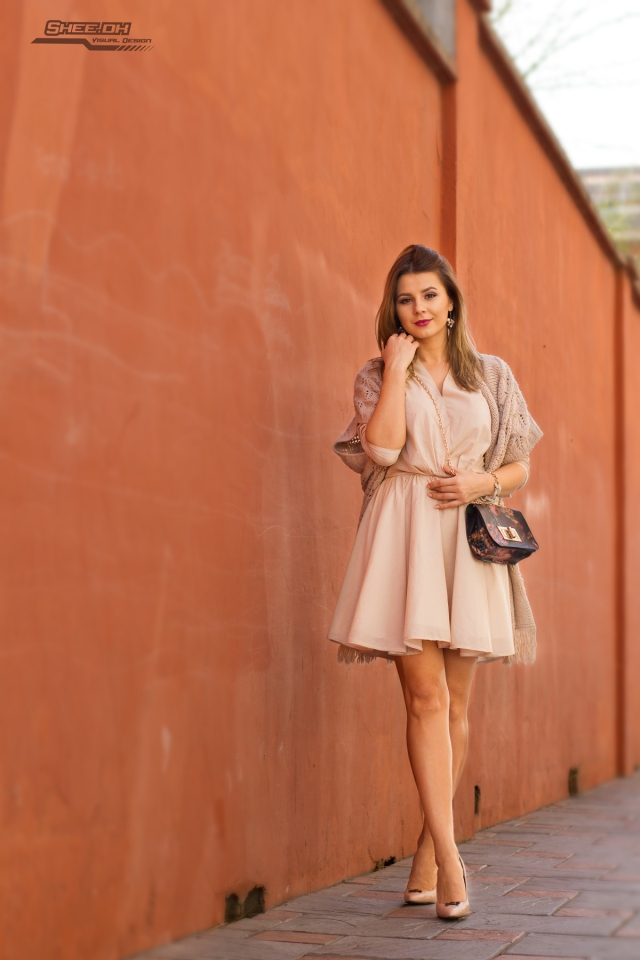 Mbcos blog de moda malaga spanish fashion blogger street beige look