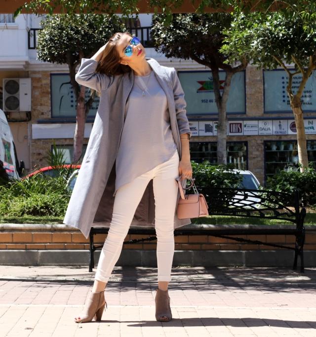 Mbcos spanish fashion blogger Malaga moda mujer blogger de moda oversized grey coat