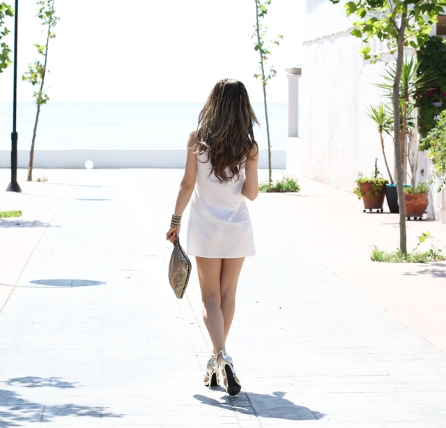 Mbcos fashion blogger white for summer how to wear white sil dress