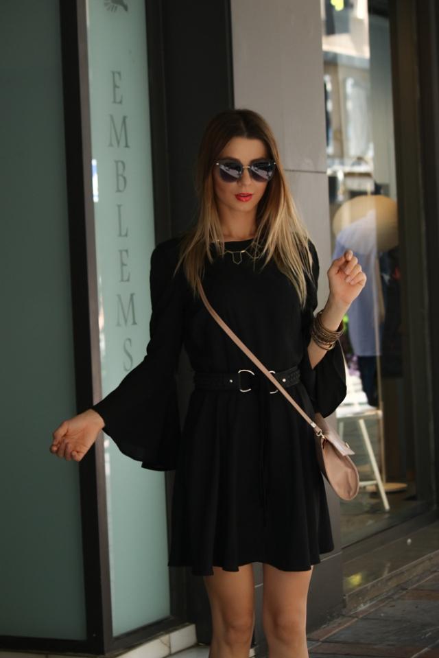 Little black dress mbcos fashion blogger spain best black looks how to wear little black dress with sneakers Blauer shoes USA STREETSTYLE LOOKS 2016 black moda malaga