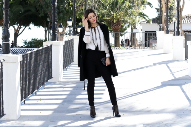 Mbcos spanish blogger fashion diary classique look almatrachi blouse moda malaga marbella street style how to wear black and white office look
