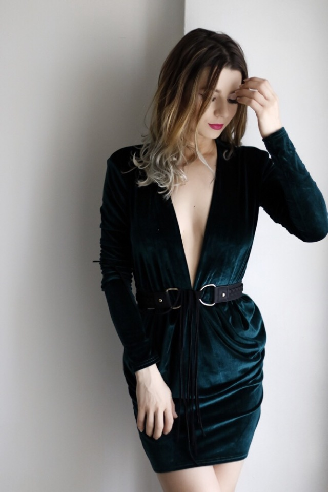 Mbcos fashion blogger Malaga spanishfashionblogger velvet dress shein velvet green velvet looks2017 trending amazing dresses 2017 how to wear velvet