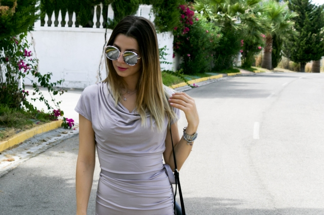 Fashionmia body con dress jeulia jewels trusardi sneakers fashion malaga blogger best looks malaga marbella how to wear bodyon dress with sneakers